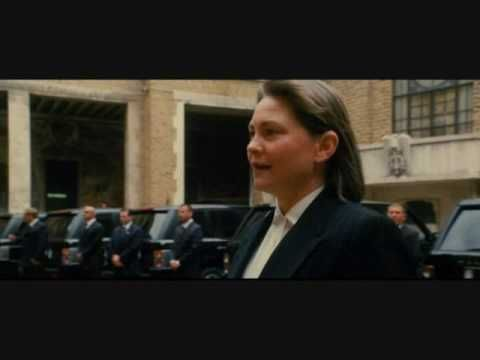 """Cherry Jones in """"Ocean's 12"""" with Basti, the taller man in the suitmwhen she gets out of the car1"""