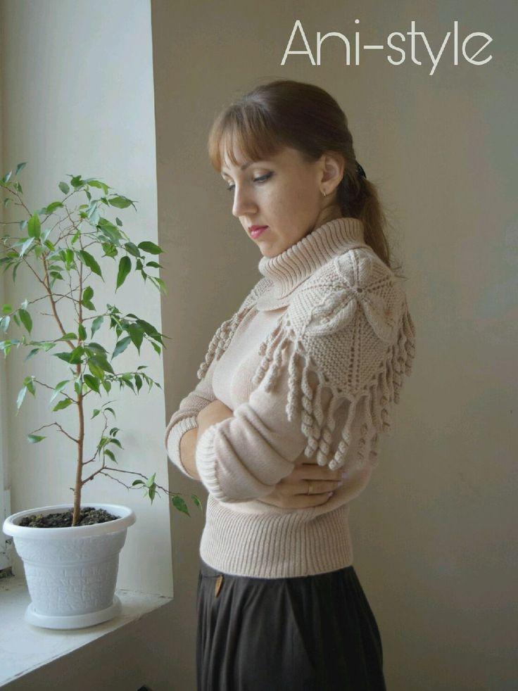 Купить Кремовый свитер со съемным воротником - свитер, вязаный свитер, свитер с воротником
