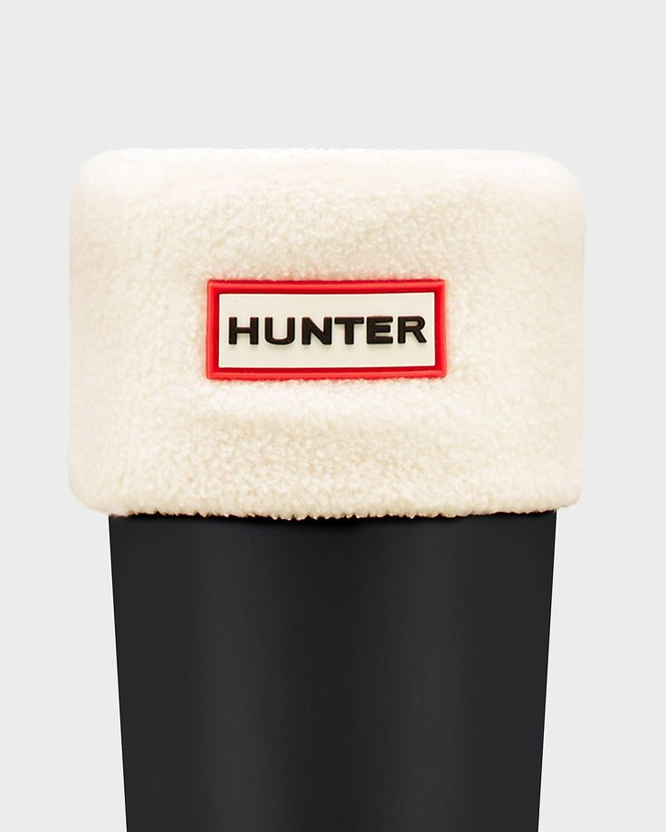 An accessory to Hunter rain boots, our boot socks are made from soft polyfleece, designed to enhance fit, while giving added comfort and warmth. Available in a range of colors, they can be worn folded