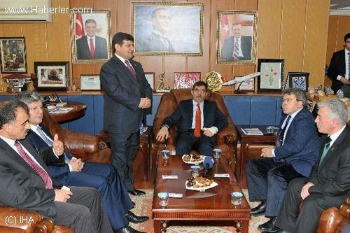 Çevre ve Şehircilik Bakanı İdris Güllüce Gümüşhane'de