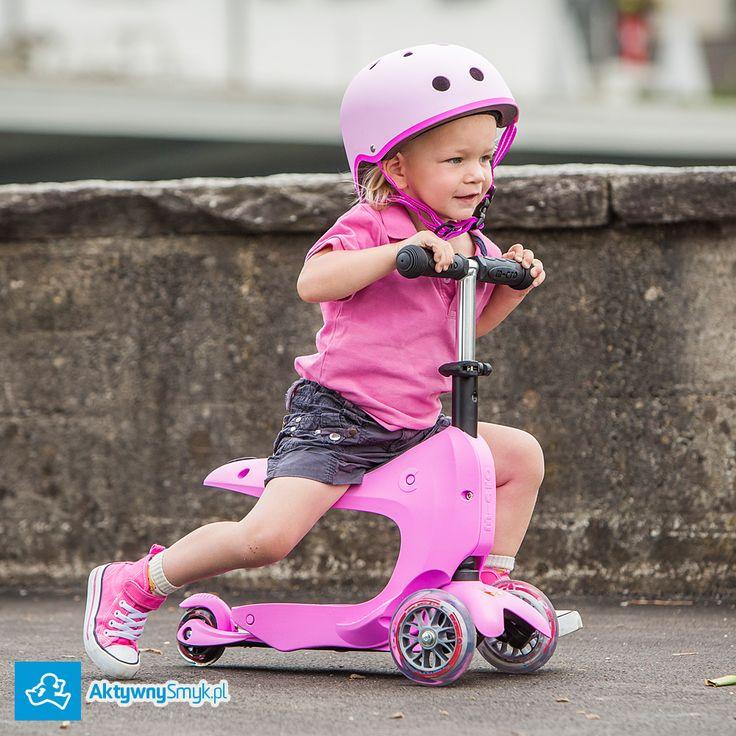 Różowa Micro Mini2Go to jeździk i hulajnoga Mini Micro w jednym :-). Micro Mini2Go - dwa pojazdy... jeździk z bagażnikiem i hulajnoga Mini Micro z regulowaną wysokością drążka. http://www.aktywnysmyk.pl/micro-mini2go-jezdzik-i-hulajnoga/1453-micro-mini2go-pink-rozowy-jezdzik-i-hulajnoga.html