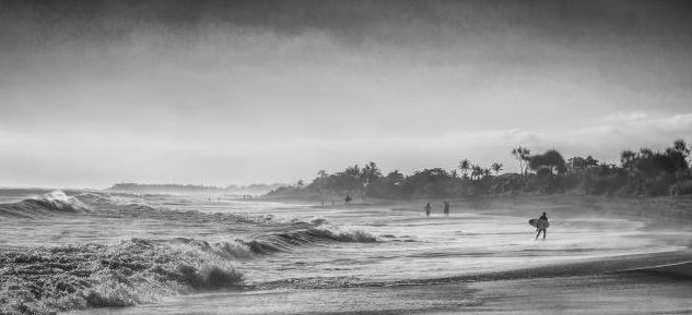 Landscape by the sea | Credit to:  Bung Batara | Website:  http://artissimo-photogal.com/category-14-page | From: @Artissimo. #Art #beach #landscape #sea #artissimogal #artissimo