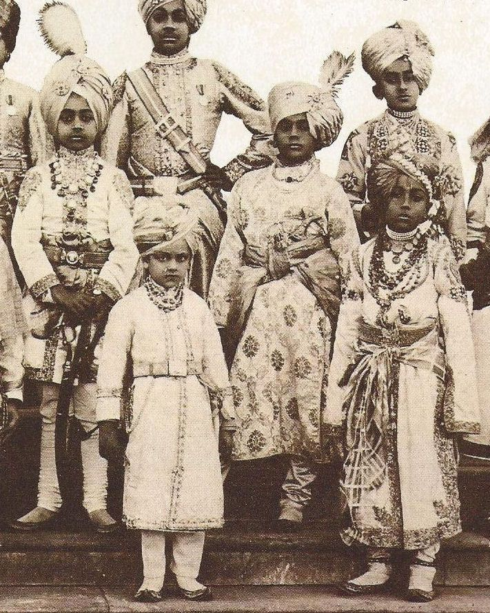 Little princes attendant on the King-Emperor & the Queen-Empress. Many wore jewellery of greater magnificence than Queen Mary herself.