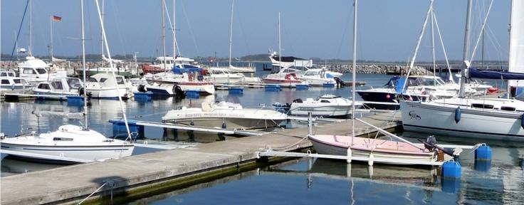 Noch bis zum 27.Januar könnt ihr alles rund um den Wassersport erkunden. Auf der Boot Messe Düsseldorf geht es auch in diesem Jahr ums Segeln und Motorbootfahren, ums Tauchen, Angeln und Paddeln und um viele weitere Trendportarten auf und im Wasser.