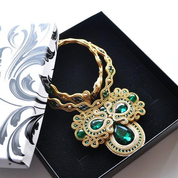 Bollywood collana Collana Soutache smeraldo di AvennaJewelry