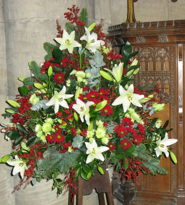 Christmas Wedding Flower Ideas: 21 Best Christmas Church Flowers Images On Pinterest