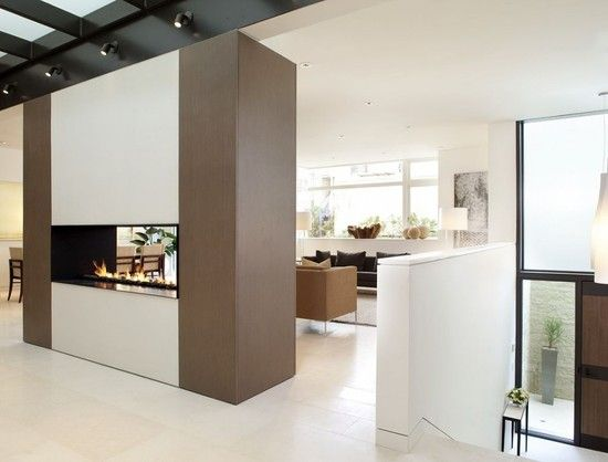 handsome two-way fireplace  john maniscalo architecture  paul dyer photography