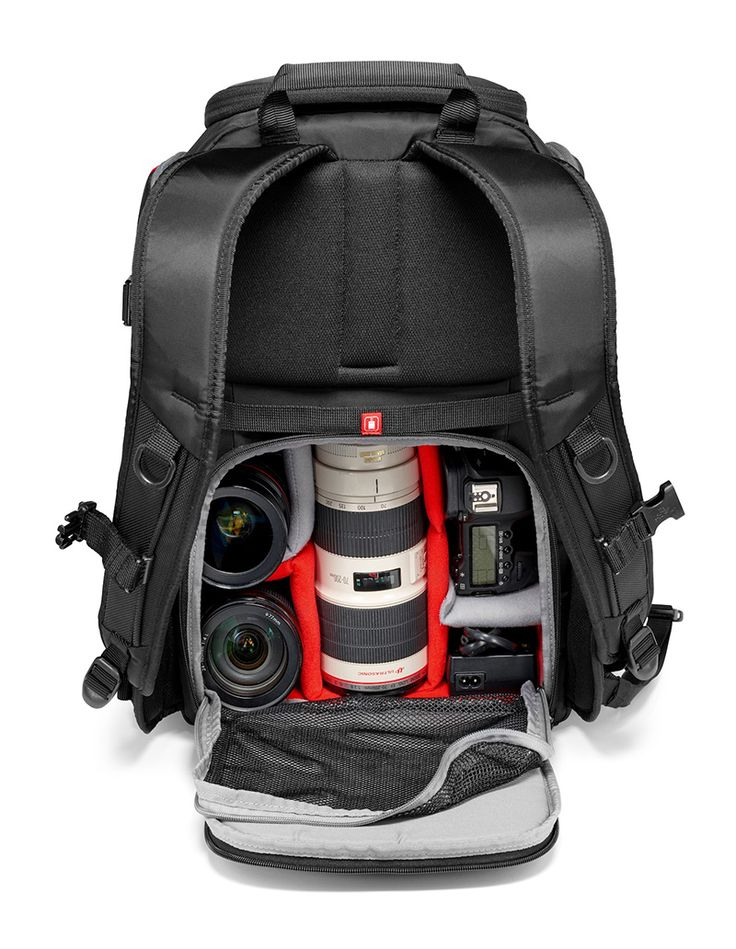 Manfrotto Advanced Rear Backpack, lo zaino antiscippo con tasca posteriore studiato appositamente la la sicurezza della nostra attrezzatura fotografica.