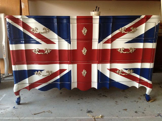 union jack  dresser. I want to make one so bad, but its so hard to find the perfect dresser