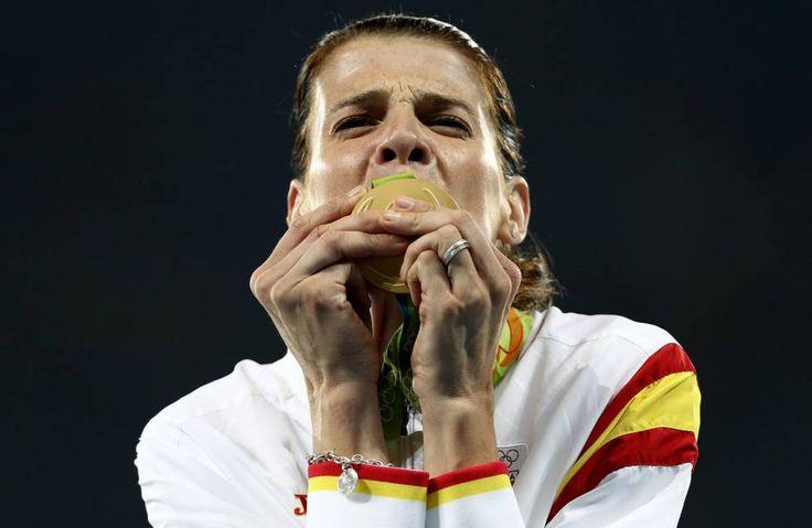 Ruth Beitia, oro en salto de altura - http://www.vistoenlosperiodicos.com/ruth-beitia-oro-en-salto-de-altura/