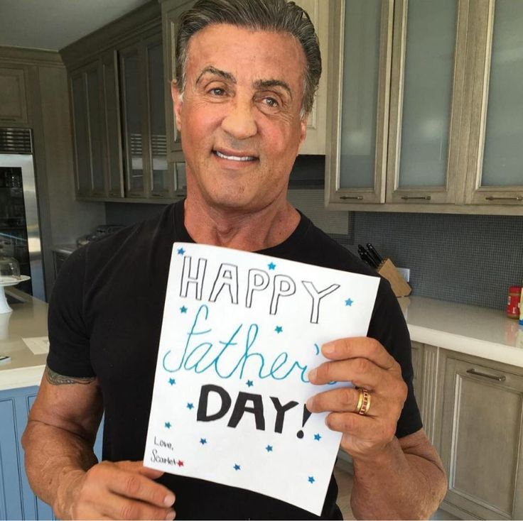 Поздравления с днем рождения мужчине картинка сталлоне шварценеггер