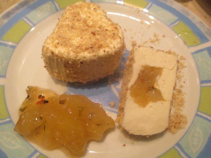 Čerstvý sýr s hruškou