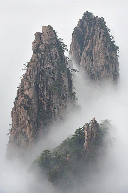 Emmanuel Boitier - Huang Shan, China. so magical//