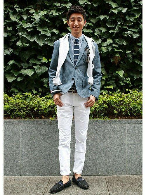 GapJapan_Menさんの「スキニーデニム(GAP)」を使ったコーディネート  【フラッグシップ銀座スタッフ注目コーデ】 ジャケット×ホワイトデニムでアメリカントラッドスタイル。ネイビー×ホワイトのシャツや小物でマリンテイストに。肩掛けニットで白をプラスしてクリーンな印象を演出。  ■フラッグシップ銀座 http://mobile.gap.co.jp/stores/sp/store.php?shopId=37543954 ■オンラインストアはこちら http://www.gap.co.jp/browse/division.do?cid=5063 ■GapストアスタッフコーデをWEARで見る(Men) http://wear.jp/gapjapanmen/