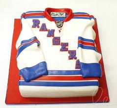 New York RANGERS cake! Beautiful cake by Lulu Scarsdale www.everythinglulu.com