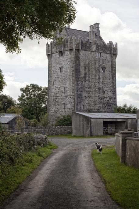 From castles in the West of Ireland to converted churches, the world's first self catering bar and luxury penthouse apartments - the best of Airbnb Ireland!