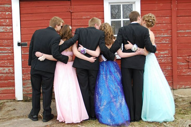 Prom pictures prom poses prom group poses