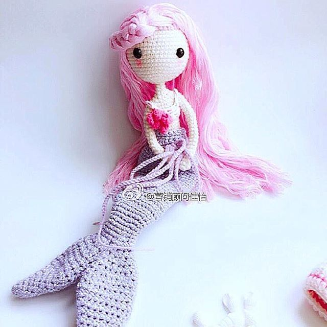 Colorful mermaid done by pattern buyer 佳怡 . Softy color
