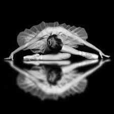 <3: Dance Photography, Ballet Dancers, Dance Pictures, Ballerinas, Beautiful, Black White, Mirror Image, Ballet Photography, Tiny Dancers