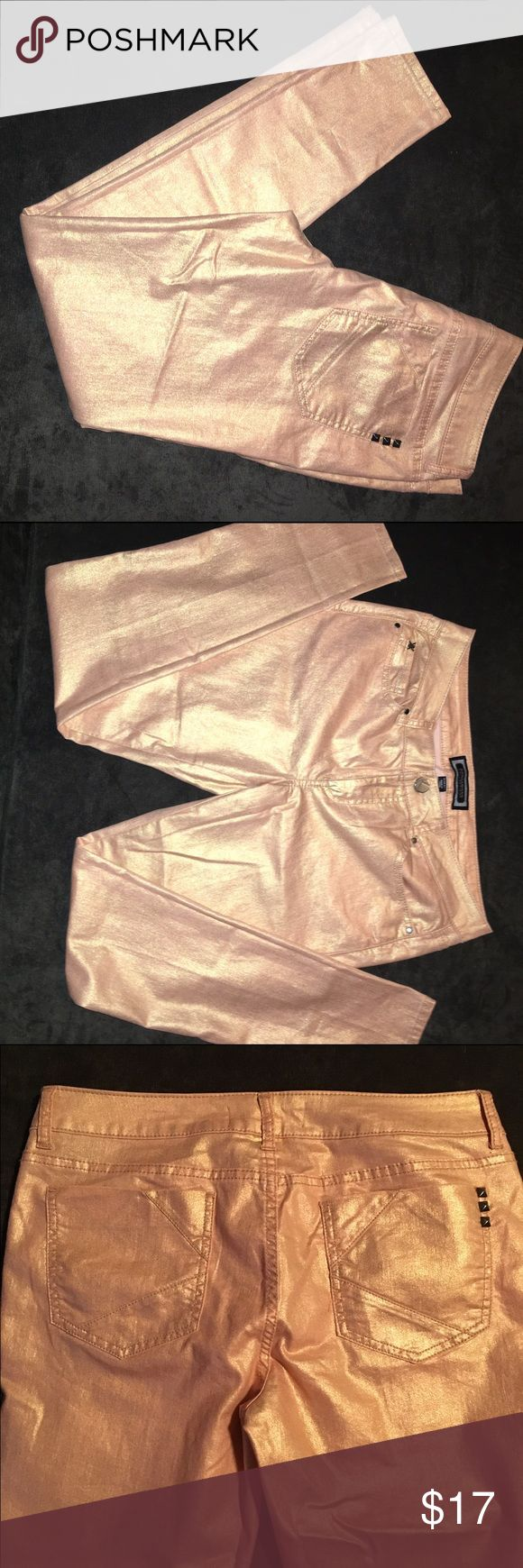 Kardashian Kollection golden peach jeans Kardashian Kollection golden peach skinny jeans with bronze metal rivets & details. Labeled as a size 10 but doesn't fit like my other Kardashian Kollection colored skinny jeans. Fit is more like a size 8. Never worn because they never fit right but tags were removed & since lost. Kardashian Kollection Pants Skinny