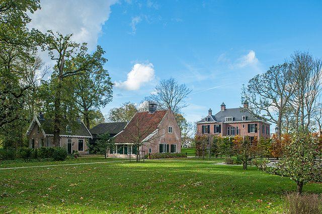 #Vredenoord #Rijswijk #DenHaag #GVBarchitecten #restauratie #buitenplaats - overzicht achterzijde na restauratie