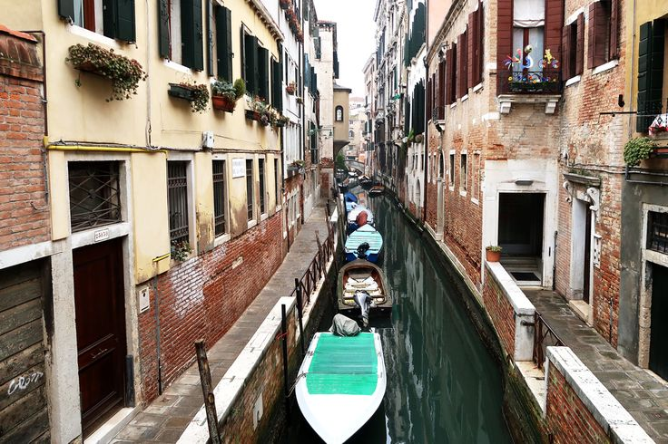 At the beginning of February Adam whisked me off to Venice for a couple of days and I've finally got around to writing up my favourite parts of the adventure. So, here are my top 6 picks of t…