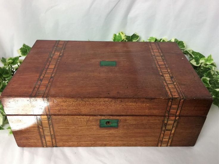 Lovely Hand Crafted Late Victorian Inlaid Rosewood And Marquetry Writing Slope