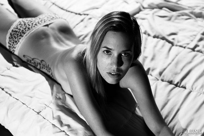 Erotic Photography By Jiri Ruzek @ The Garven.com
