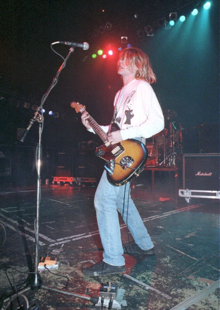 Kurt Cobain, 1991 - Photos - Kurt Cobain's death: 22 years later