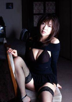 i-really-love-women:  China Fukunaga 福永ちな