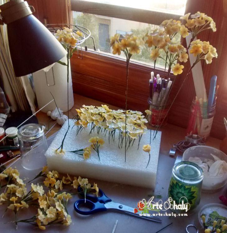 Flores silvestres amarillas. ( Porcelana fria ) – Arte-Shaly