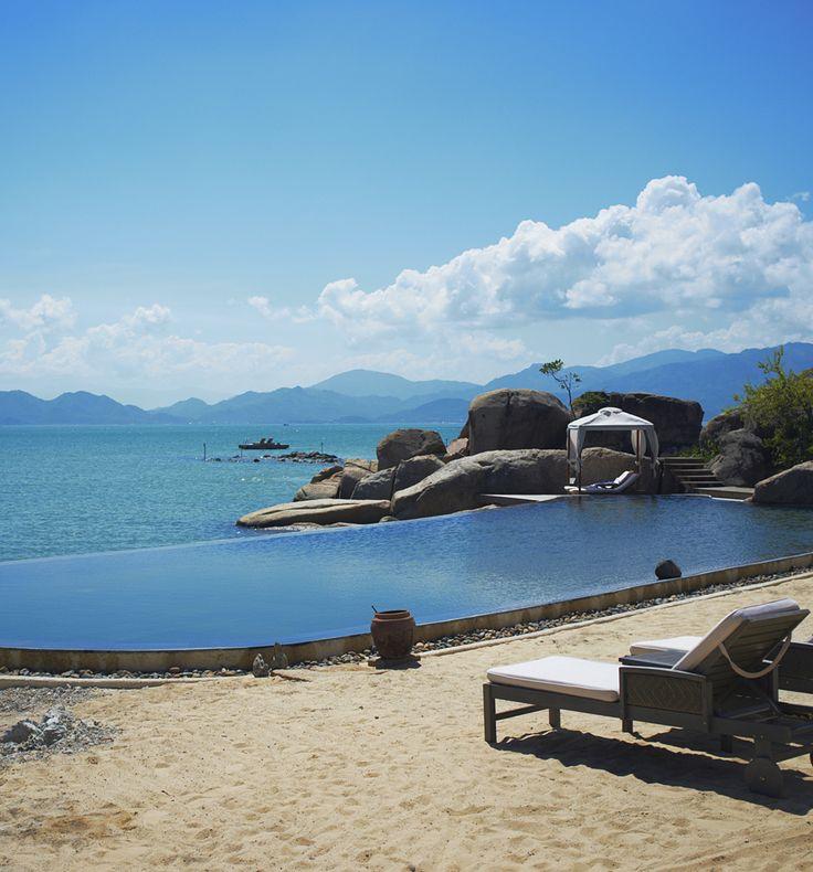 L'Alayana An Lam Ninh Van Bay, Vietnam. Book i-escape.com