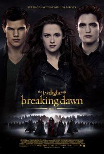 After the birth of Renesmee, the Cullens gather other vampire clans in order to protect the child from a false allegation that puts the family in front of the Volturi.