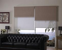 The unique double bracket allows you to mount two blinds onto the one window, giving you the opportunity to have a Sunscreen Blind for daytime vision and privacy and in the evening the Blockout Blind can be lowered for total privacy.