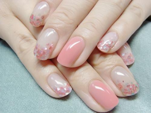 Subtile nail art