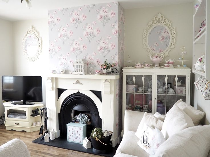 How to make your house look bigger and brighter | The dainty dress diaries