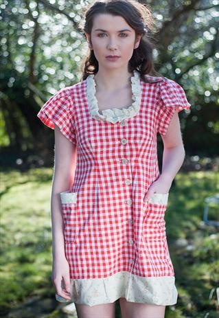 Gingham dress, swedish style jennie loof design