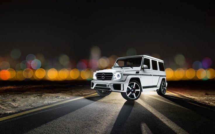 White Mercedes Gelandewagen amg
