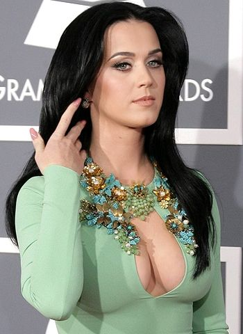 What makes Katy Perry's songs special? - http://www.bolegaindia.com/gossips/What_makes_Katy_Perrys_songs_special-gid-37229-gc-15.html