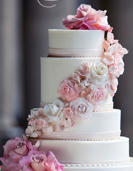 Love the pink..: Blushes Wedding Cakes, Pink Flowers, Pink Cakes, Cakes Pop Cak, Cakes Decor, Blushes Cream, Cakes Design, Beautiful Cakes, Colors Flowers