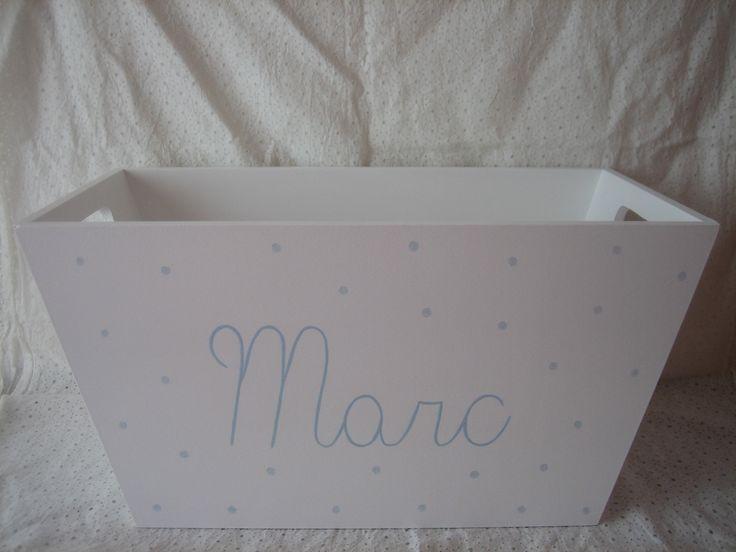 caja aseo pintada a mano