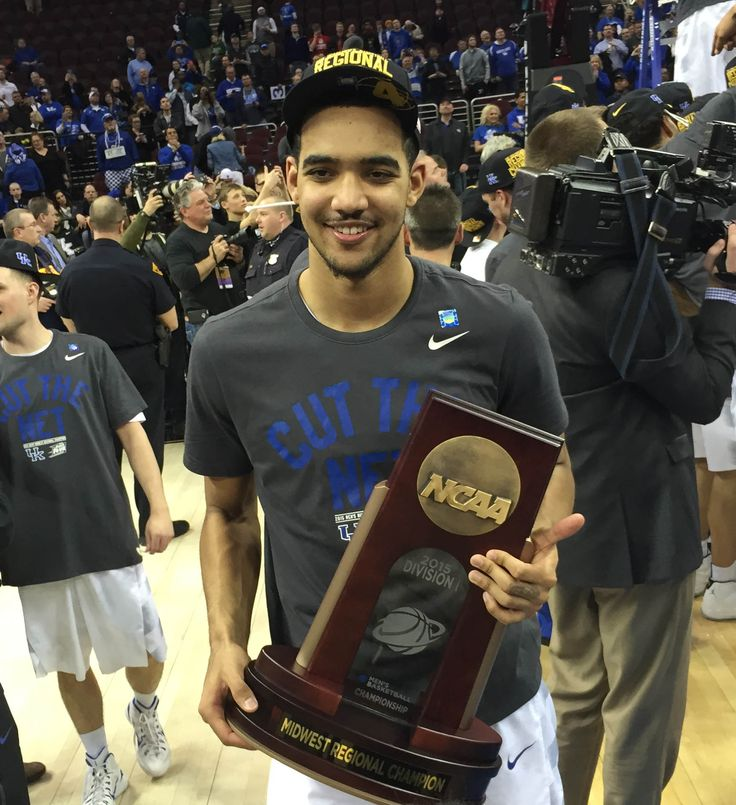 Trey Lyles hires LeBron James' agent. April 14th, 2015 @ 6:21pm. Trey Lyles now shares an agent with the best basketball player in the world, LeBron James, after signing with Rich Paul of Klutch Sports Management. His list of clients also includes James, Eric Bledsoe, Tristan Thompson, Ben McLemore