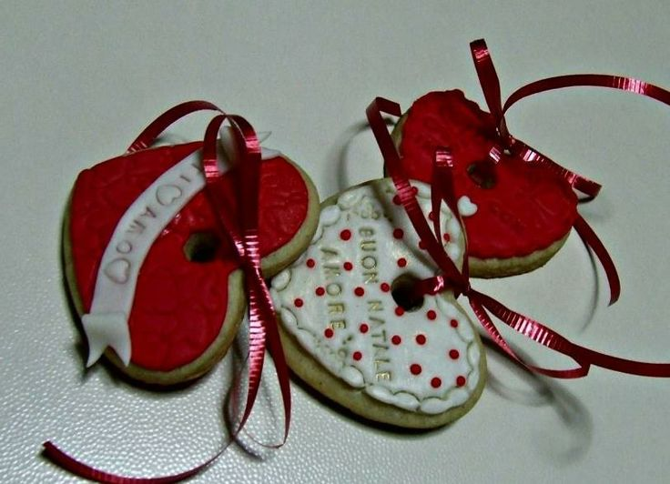 My heart Christmas cookies to hang on my tree for 2013...