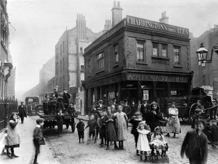 Victorian Buildings and its people #Victorian #London #History