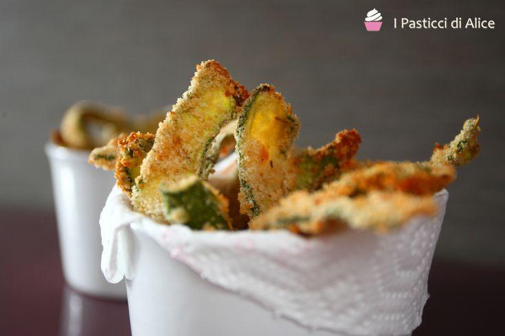 Zucchine Impanate al Forno http://blog.giallozafferano.it/pasticcidialice/zucchine-impanate-forno/