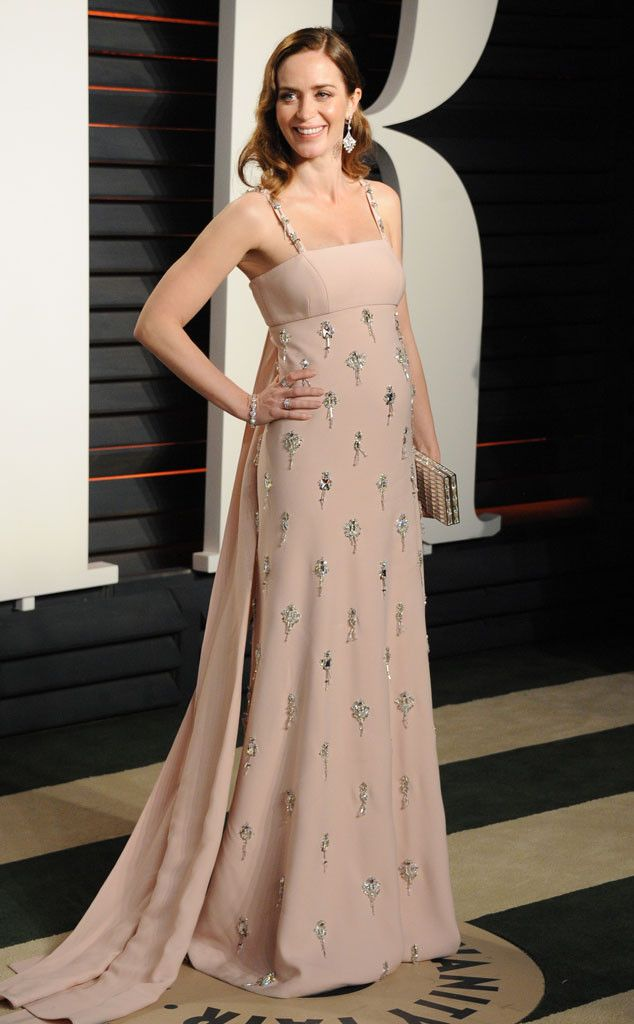 Emily Blunt from Vanity Fair Oscars Party 2016: What the Stars Wore  In Prada