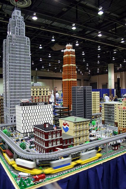 ✯ Downtown Detroit in Legos - How much time did it take to make this?