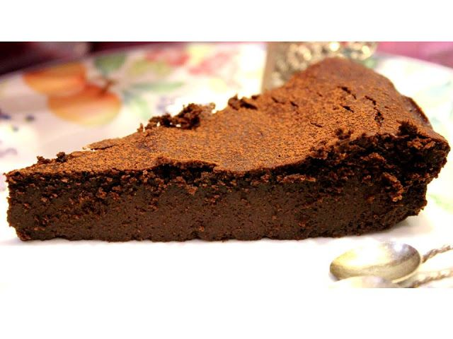 Coentros & Rabanetes: Bolo de chocolate sem farinha