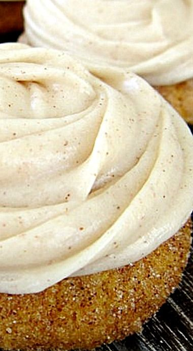 Soft, puffy pumpkin cookies surrounded in cinnamon and sugar. Topped with a swirl of Cinnamon Cream Cheese Icing. ❊