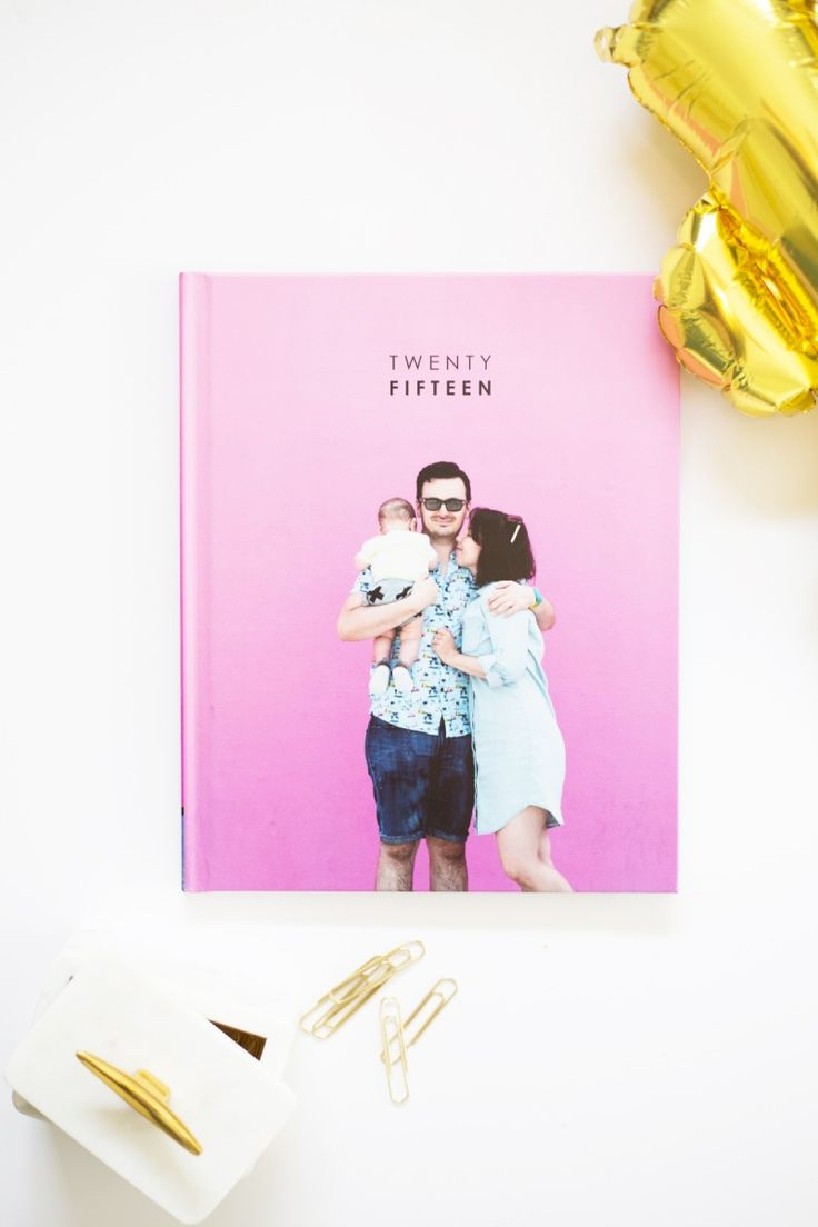 How to Make a Yearly Family Photo Book @blurbbooks #blurbbooks